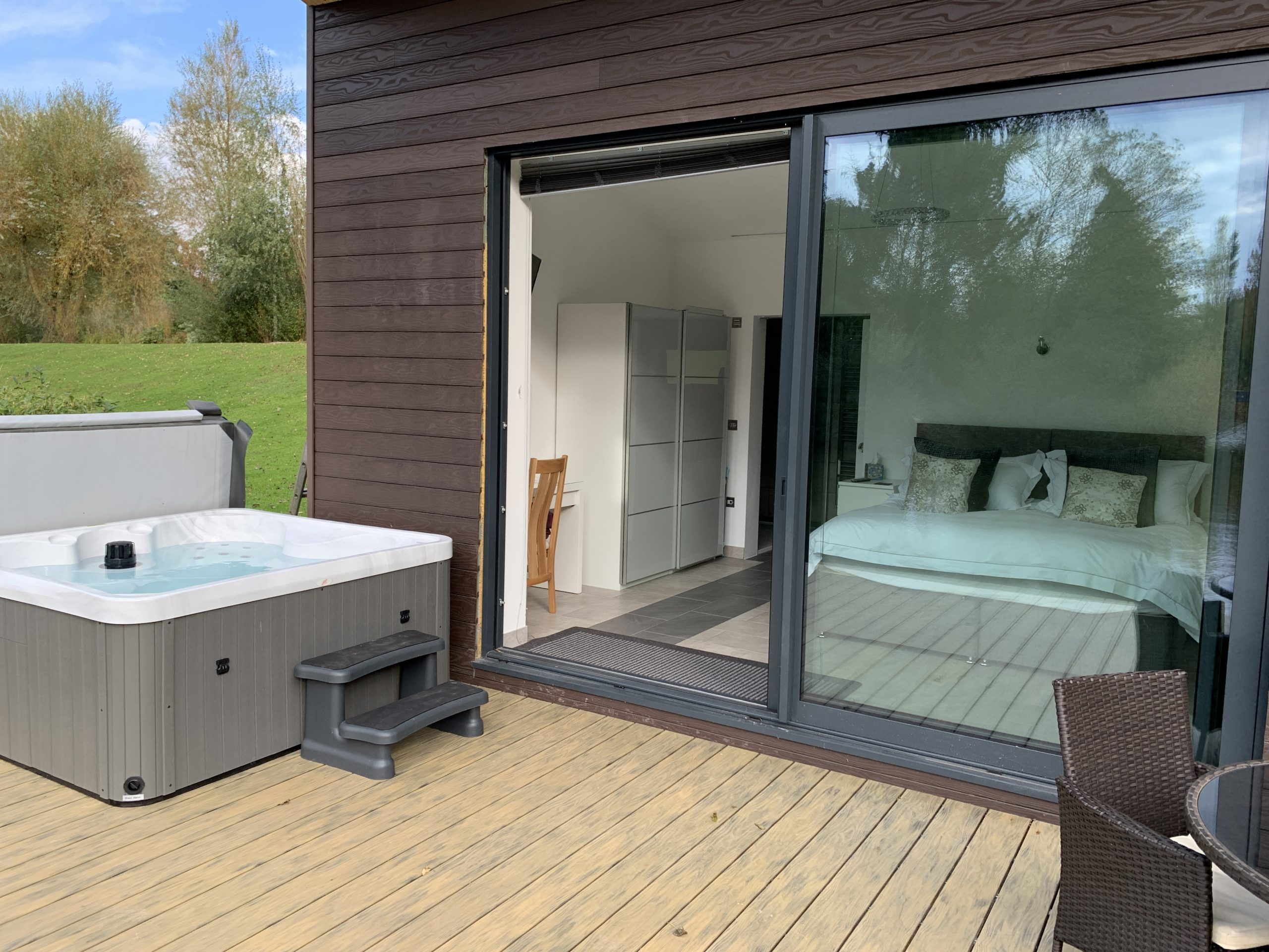 Enjoy your private hot tub in tranquil surroundings