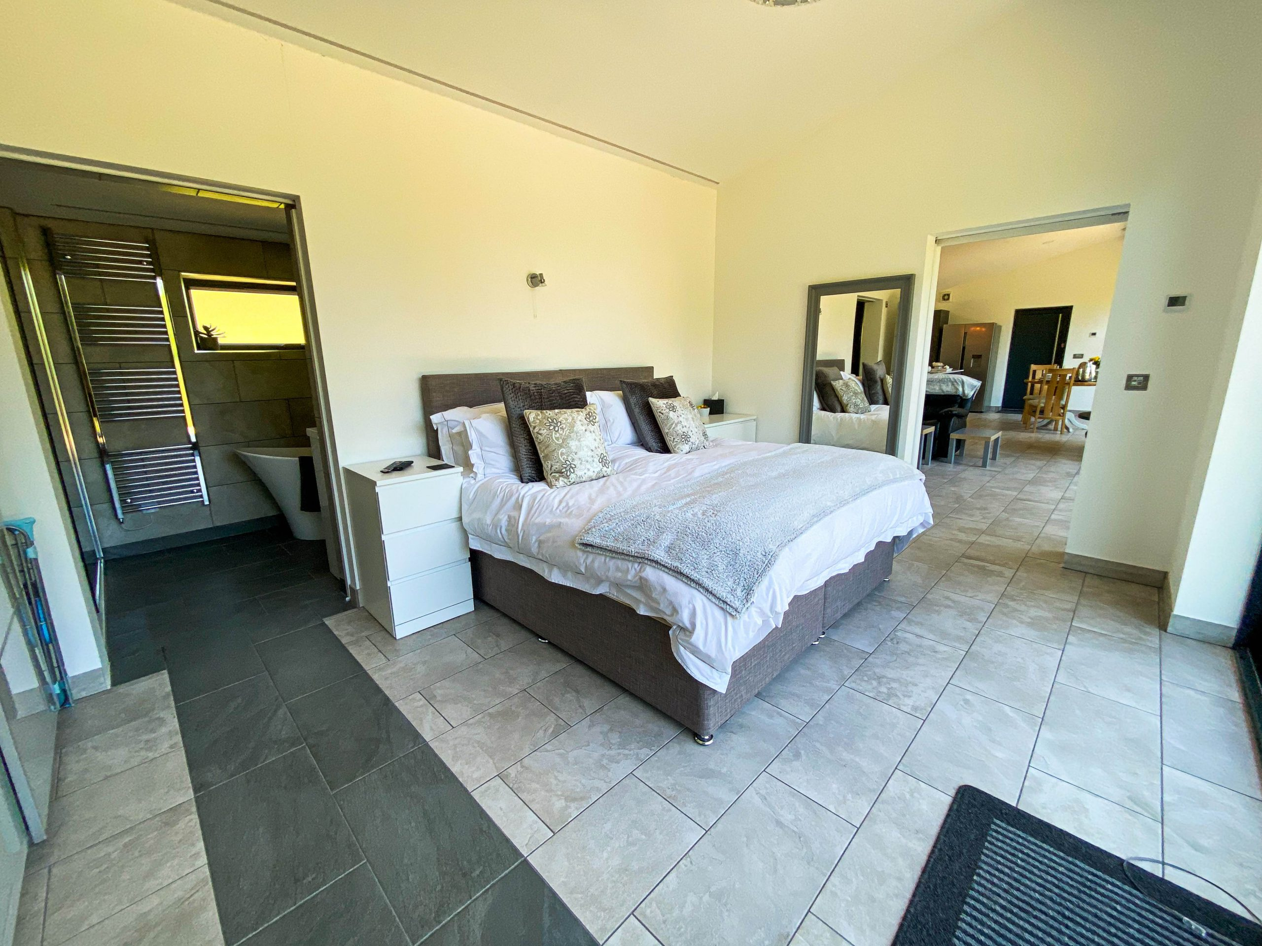 Relax in romantic surroundings in a superking bed